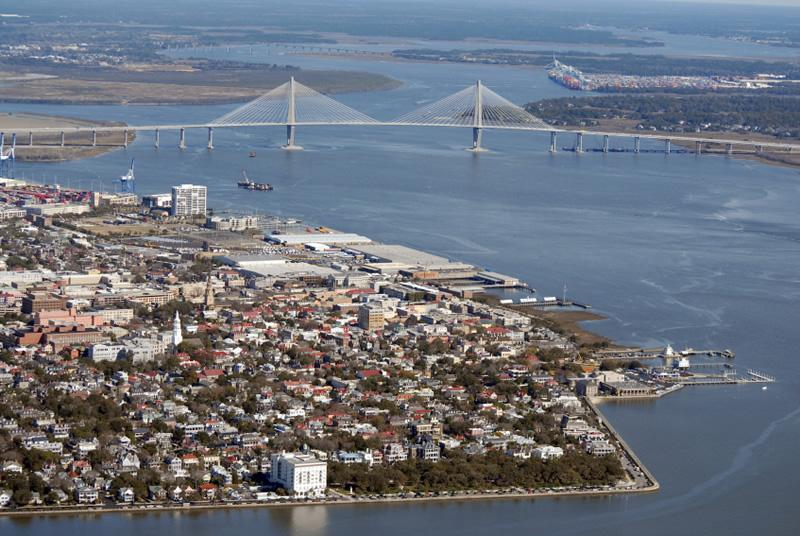 Charleston_aerialViewTheBatteryCooperRiverBridge