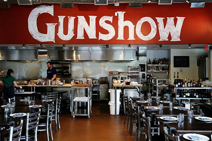 gun-show-0261
