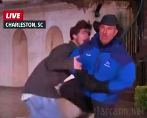 Jim-Cantore-knees-jerk-in-nads