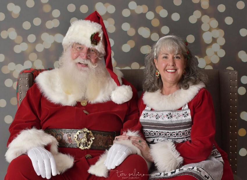 Kids Teeth Invites Families to Visit with Santa & Mrs  Claus | Holy