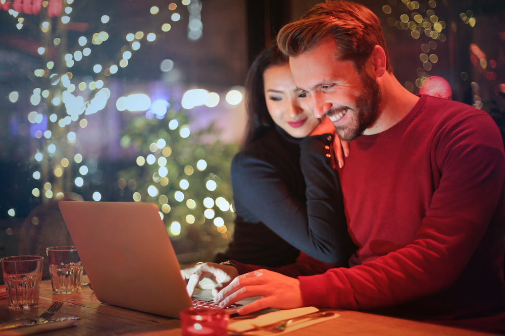 Relationship and Technology: How Online Dating Changed the Game | Holy City  Sinner